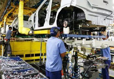 Produção industrial volta a crescer em maio, mas não recupera perdas de março e abril